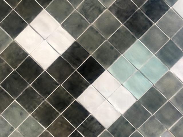 azulejos cerámica tradicionales diseño moderno arquitectura modular minimalista diseñado por Luis Torres Ceramics La Rambla Córdoba