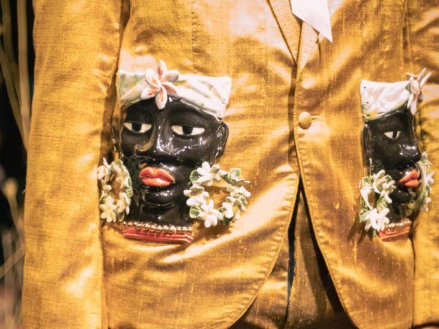 Bolsillos de cerámica para chaqueta de moda española Hugo Clavelina Córdoba